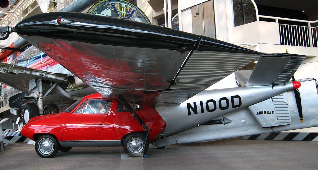 L'Aerocar, une vraie voiture volante, mais pas très pratique dans les bouchons